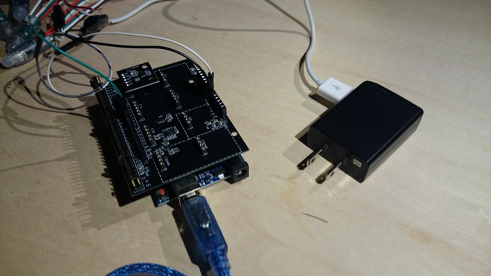 Power is supplied via external power adapter separately from Arduino.jpg