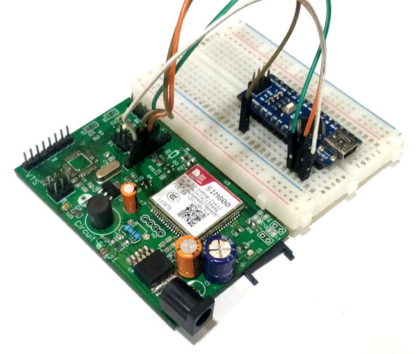 Circuit-Hardware-for-DIY-Location-Tracker-using-GSM-SIM800-and-Arduino.jpg